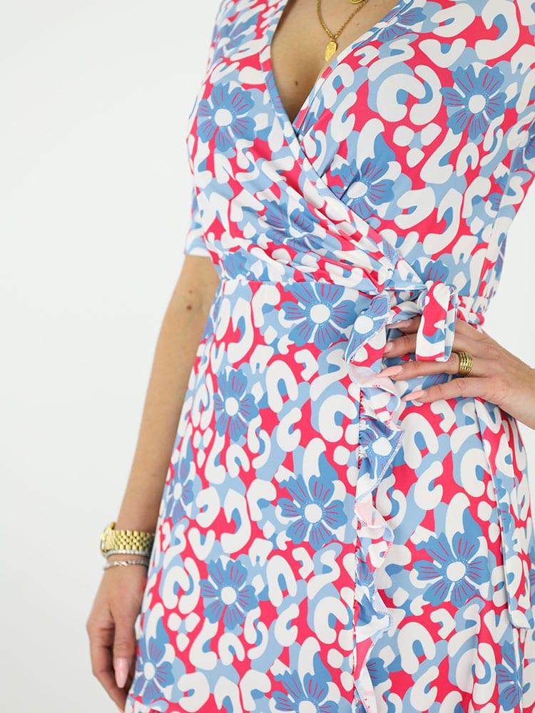 travelstof jurk angelle milan bloemenprint blauw dichtbij