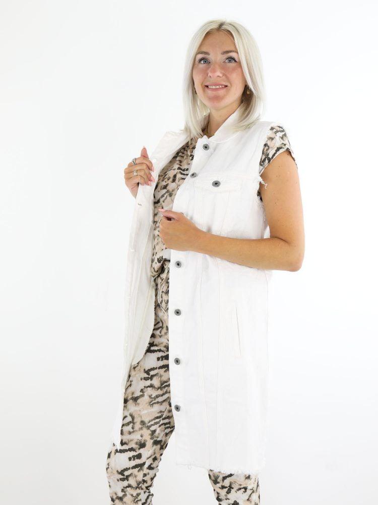 lange-spijker-gilet-jurk-in-wit