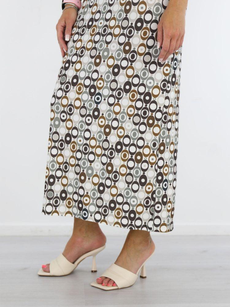 angelle-milan-travel-jurk-in-een-witte-kleur-met-cirkelprint