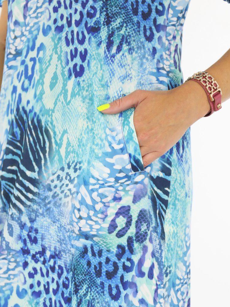 angelle-milan-travelstof-traveltuniek-blauw-dierenprint