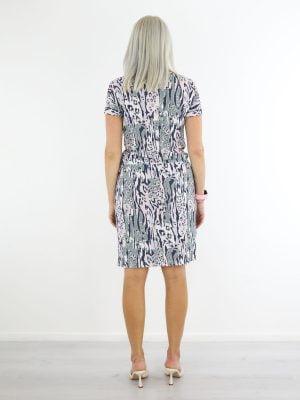 dieren-print-travelstof-jurk-in-lila-en-groen-van-angelle-milan