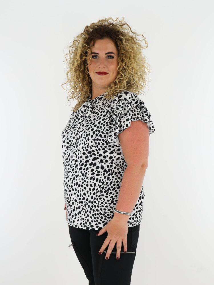 vlindermouw-grote-maat-wit-shirt