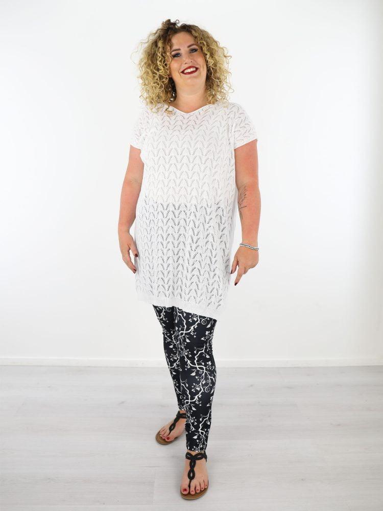 wit-gekabeld-lans-shirt-fijn-geweven-plus-size