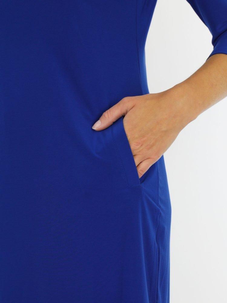 blauwkleurige-travelstof-tuniek-van-het-merk-angelle-milan