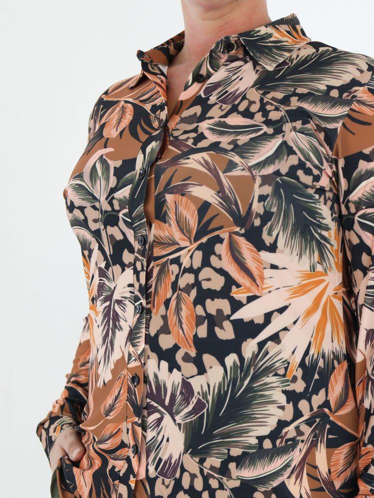 blad-print-travelstof-blouse-in-multicolor-van-het-merk-angelle-milan