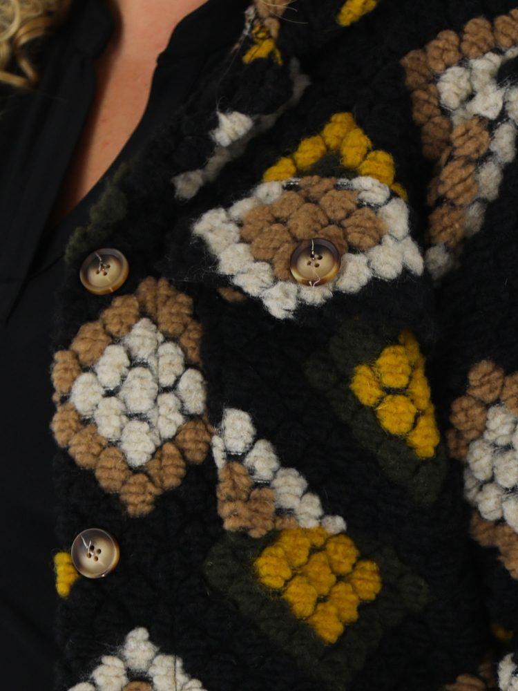 g-ricceri-zwart-geel-vest