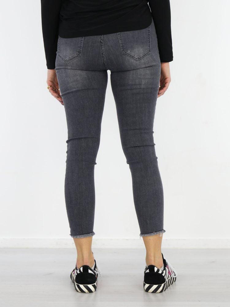 jeans-gerafeld-grijs