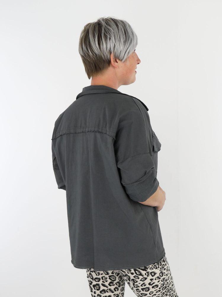 stretch-jack-in-een-antraciet-kleur-met-stretch-en-borstzakken