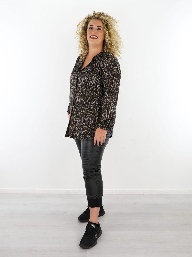 zwart-beige-lange-travelstof-blouse-grote-maten