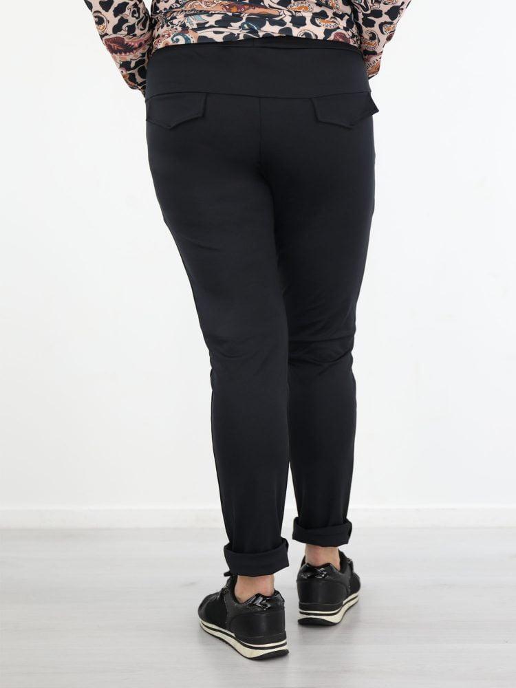 zwart-gekleurde-travelstof-broek-met-high-waist-van-angelle-milan