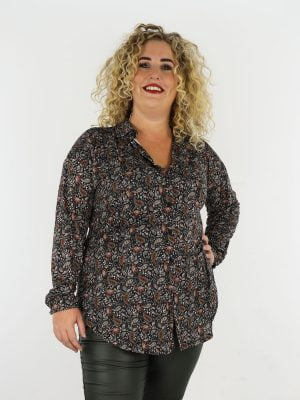 zwarte-travelstof-lange-blouse-met-groen-cognac-paisley-print-grote-maten