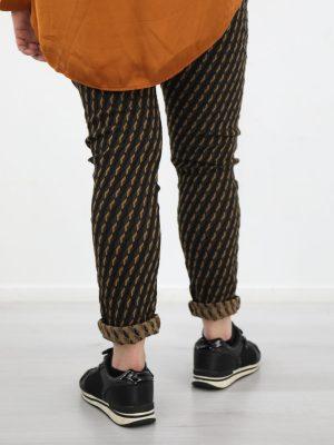 broek-met-ruitprint-in-zwart-bruin-en-beige