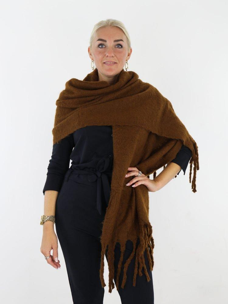 camel-gekleurde-sjaal-met-franjes