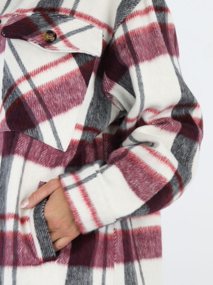 geruite-blouse-met-raspberry-en-zwarte-accenten-in-roomwit