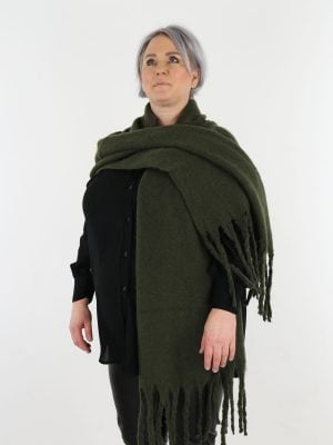 groen-gekleurde-sjaal-met-franjes