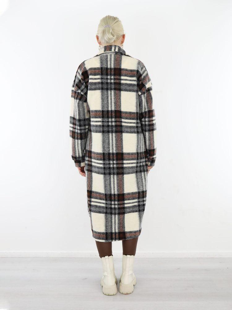 lang-geruite-blouse-jas-in-een-roomwitte-kleur-met-bruin-en-zwart