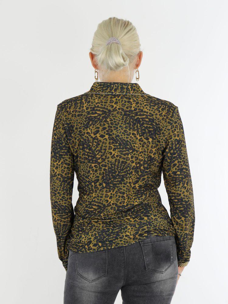 takprint-blouse-van-travelstof-in-antraciet-en-mosterdgeel-van-angelle-milan