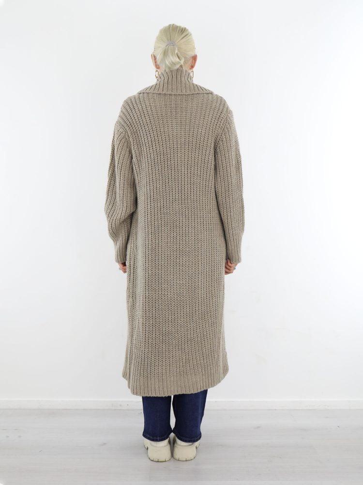 vest-in-lang-model-in-de-kleur-khaki-met-kraag-en-zakken